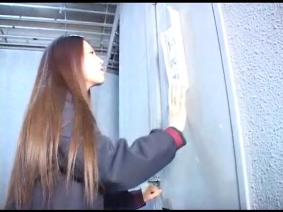 トイレが故障中でうんちを我慢するJK女子高生☆